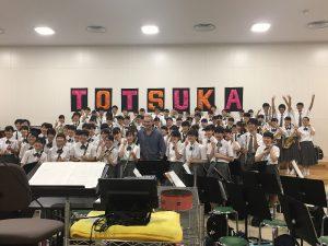 戸塚高校・吹奏楽部のみなさんと記念撮影